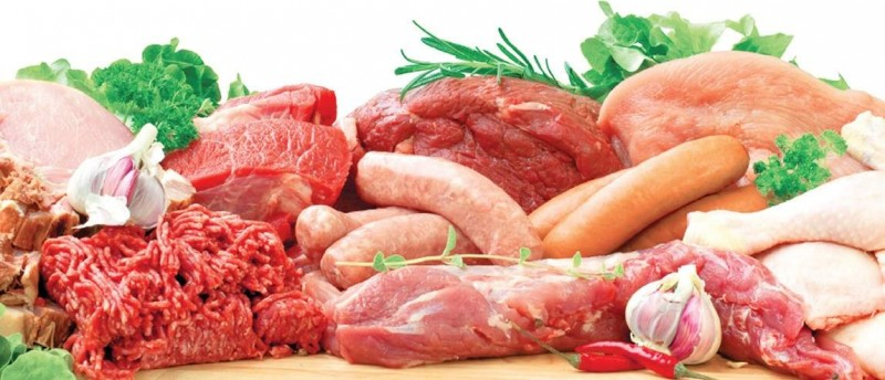 Импорт мяса и мясной продукции сокращается, меняет структуру и дешевеет