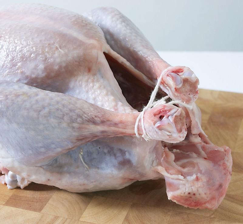 В России дешевеет мясо курицы