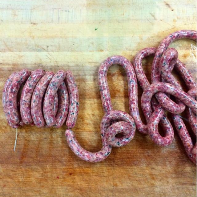 Васюринский мясокомбинат оштрафован за производство колбасы «будущего»